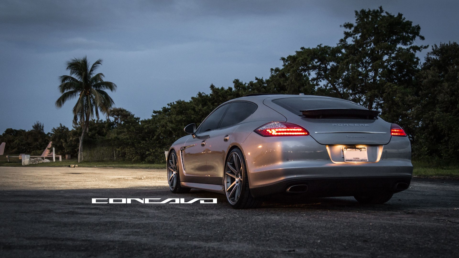 Download full hd 1920x1080 Porsche Panamera computer background ID:27806 for free