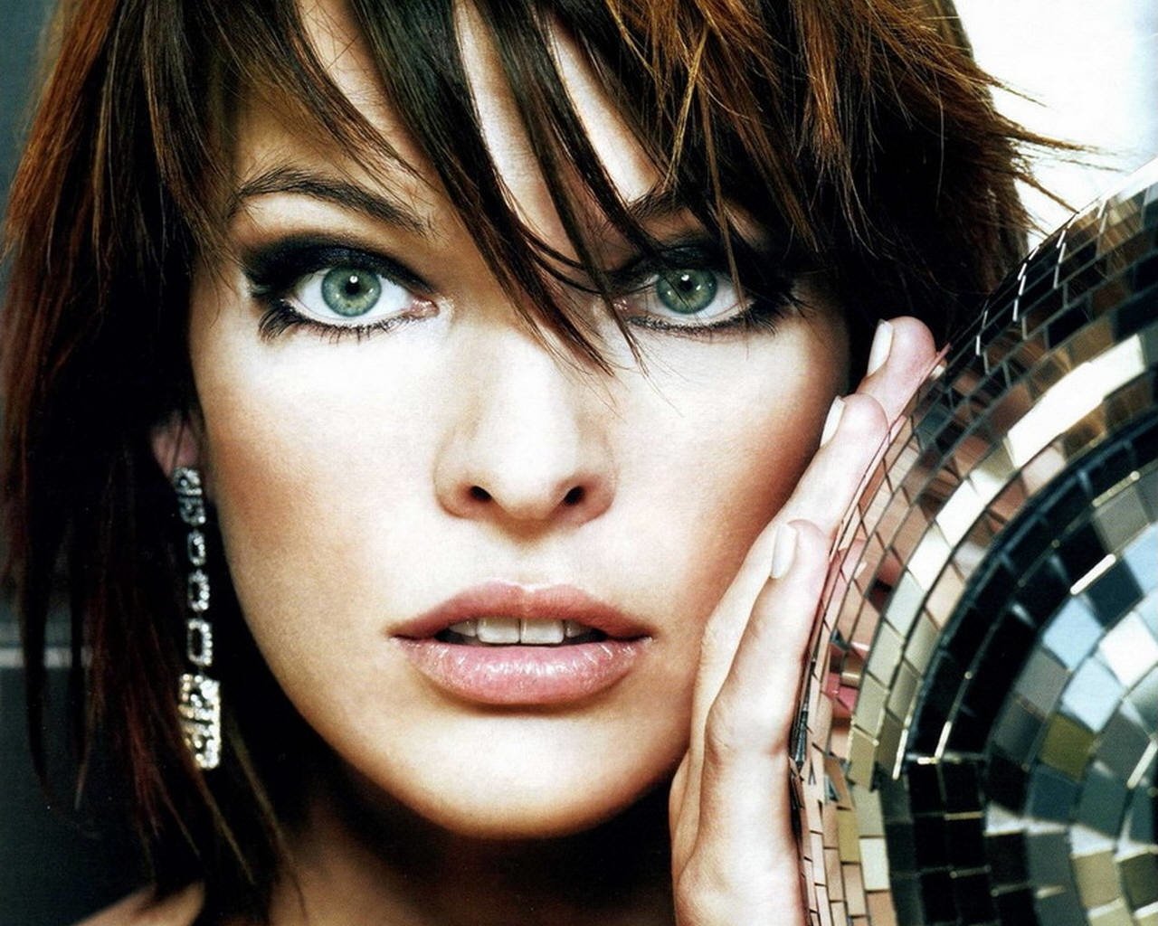 Free download Milla Jovovich background ID:270650 hd 1280x1024 for computer