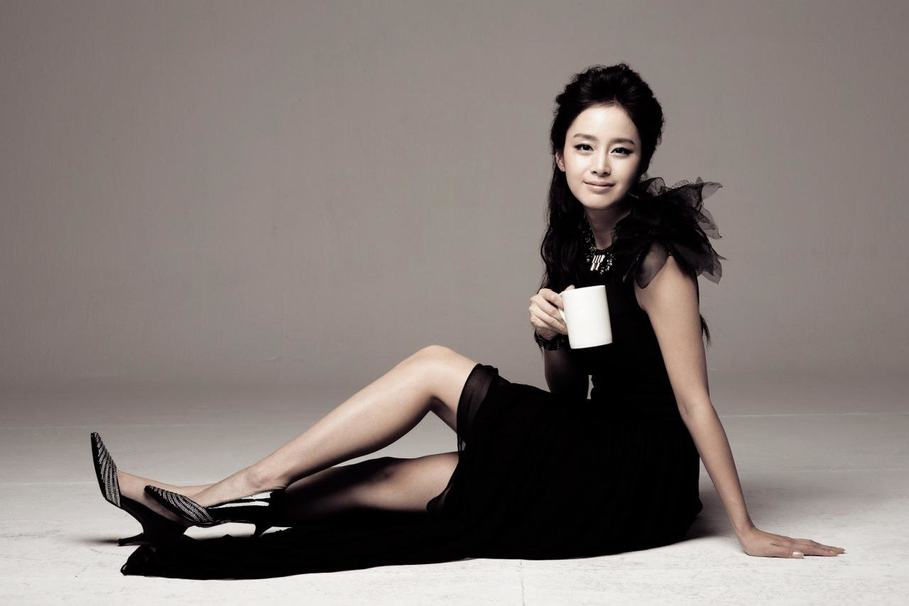 Awesome Kim Tae-hee free background ID:210274 for hd 1280x854 computer