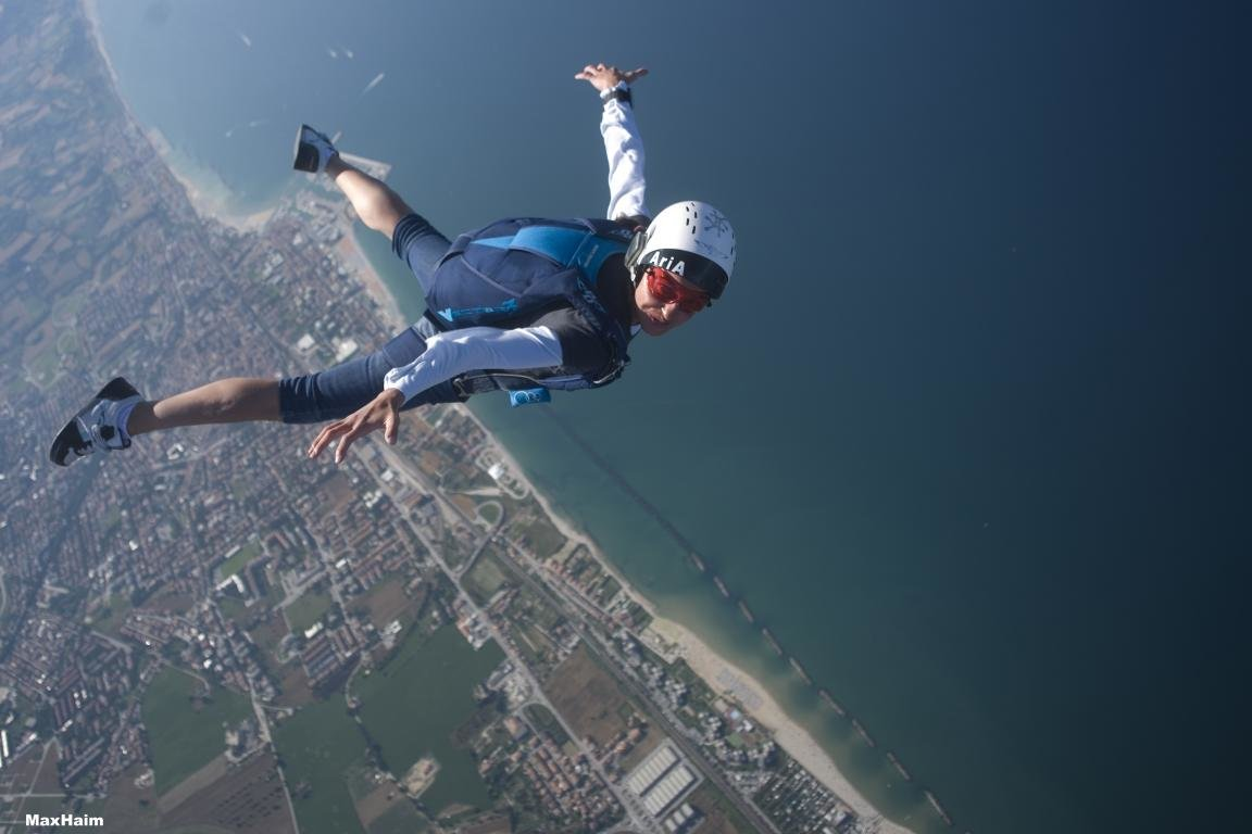 High resolution Skydiving hd 1152x768 background ID:234448 for desktop