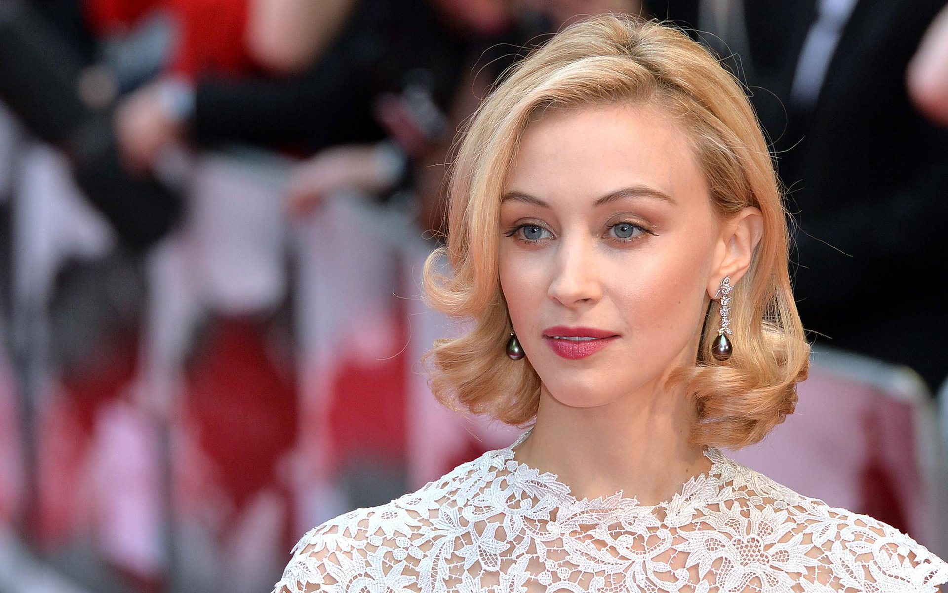 High resolution Sarah Gadon hd 1920x1200 background ID:320221 for desktop