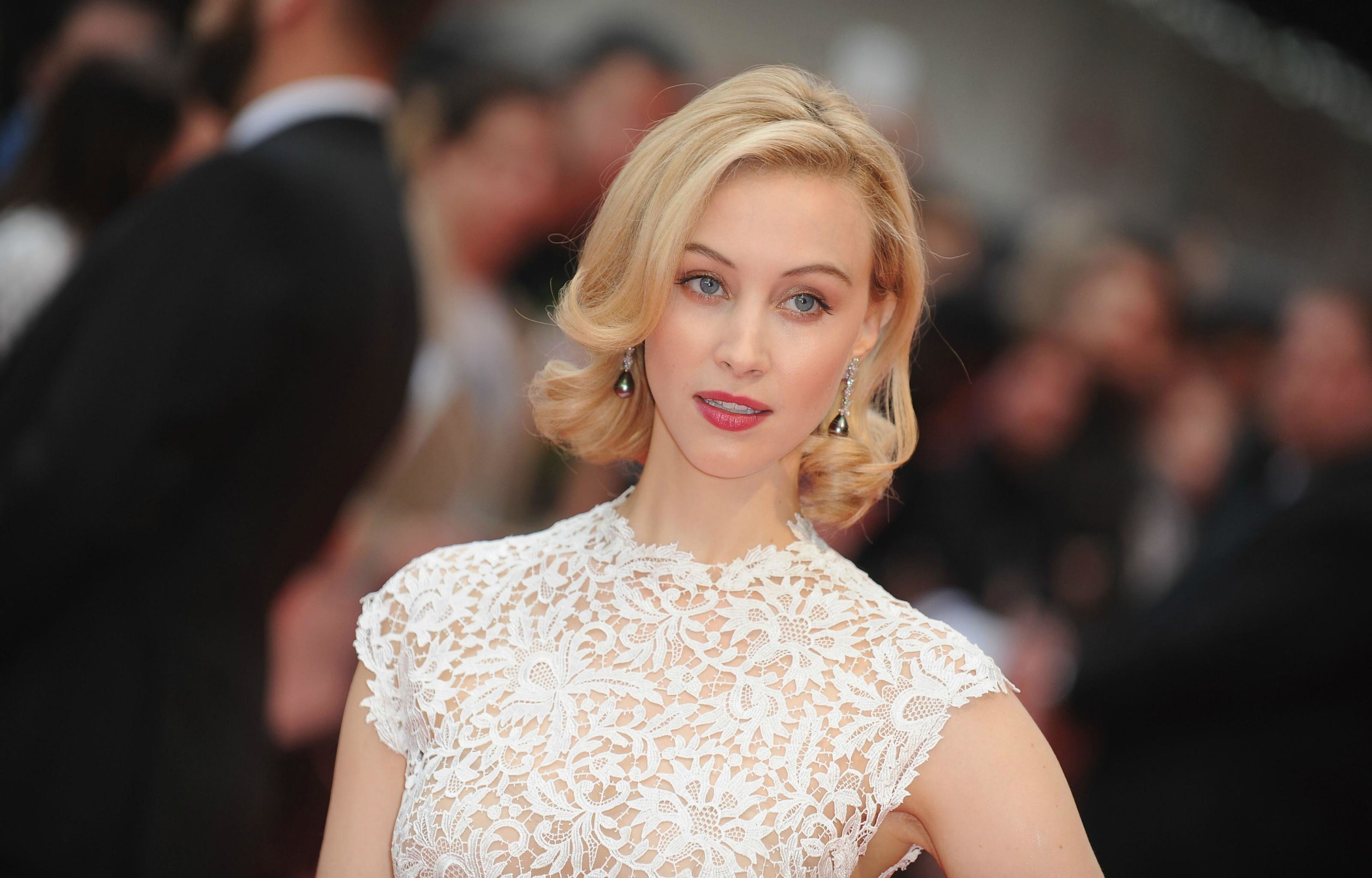 Best Sarah Gadon background ID:320218 for High Resolution hd 3200x2048 computer