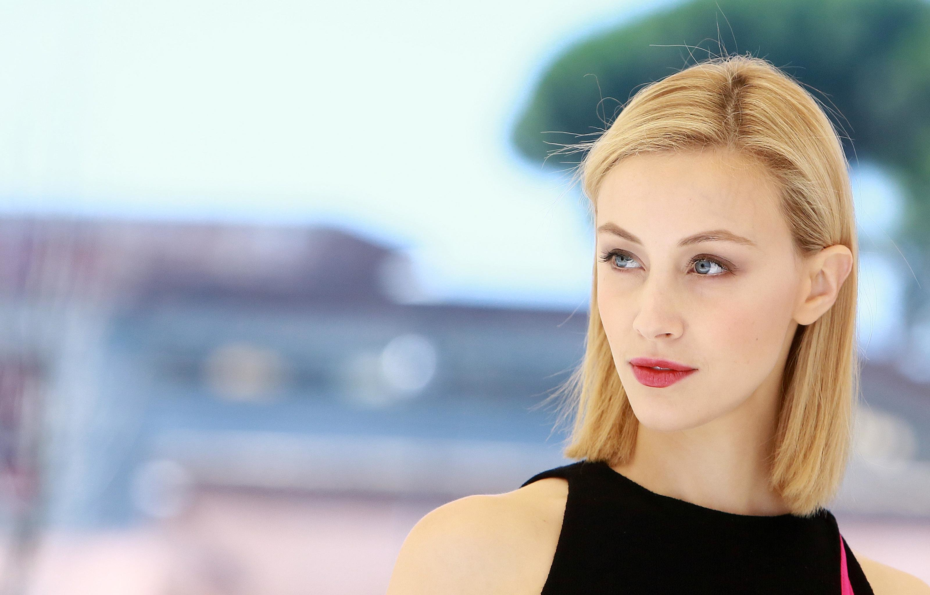 Best Sarah Gadon background ID:320230 for High Resolution hd 3200x2048 computer