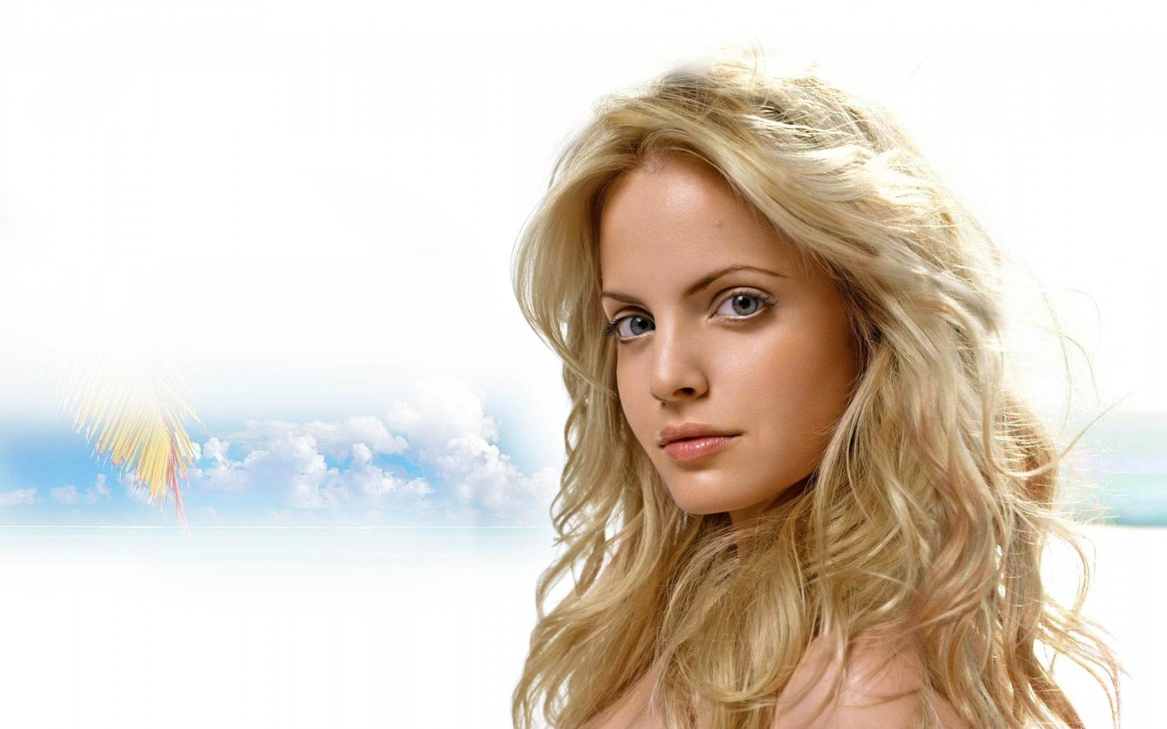 Awesome Mena Suvari free background ID:445577 for hd 1680x1050 PC