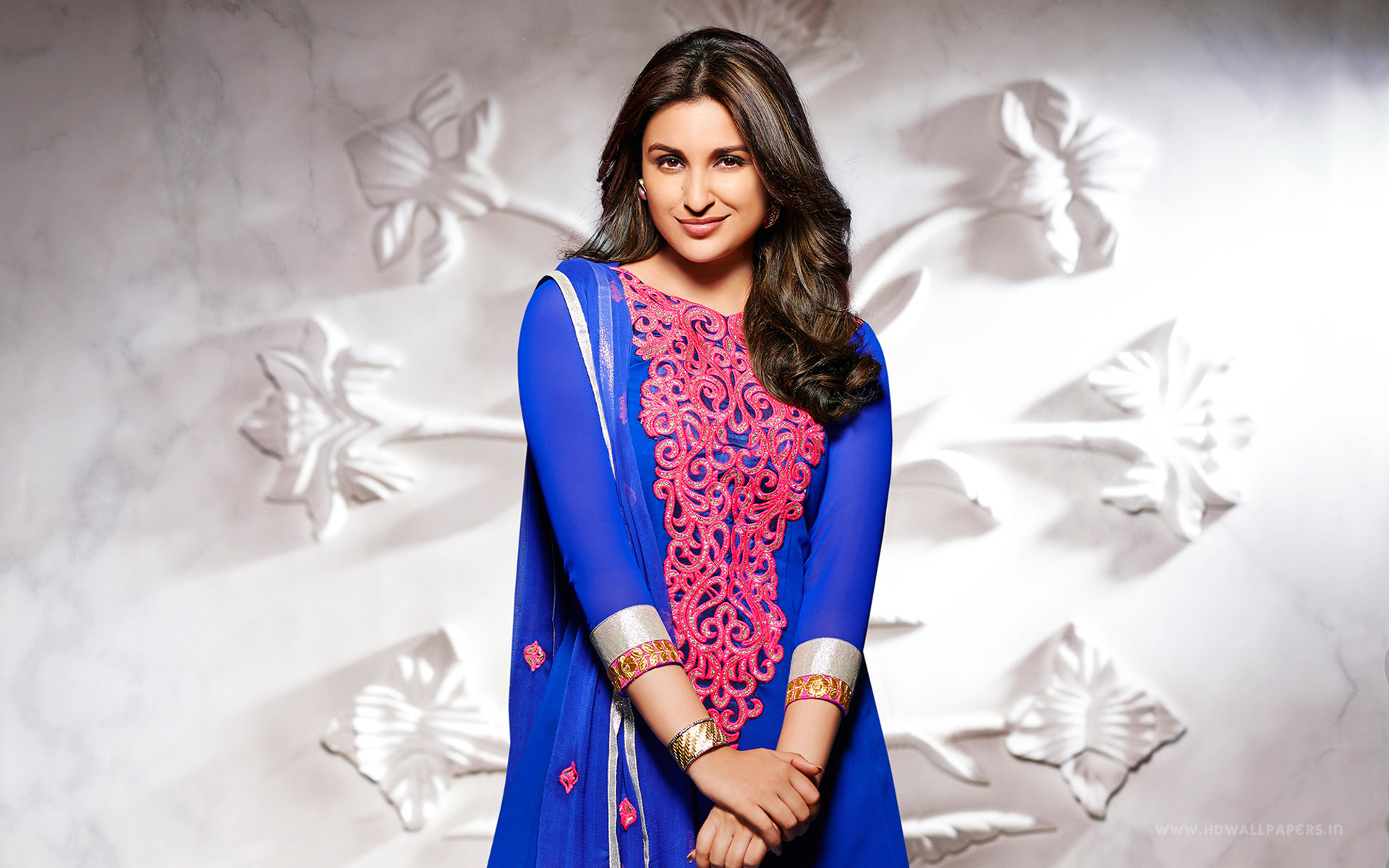Awesome Parineeti Chopra free wallpaper ID:283850 for hd 1920x1200 desktop