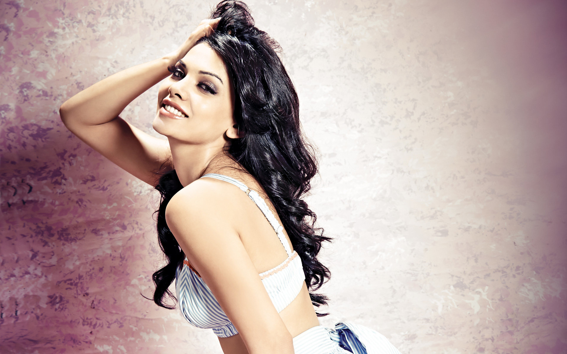 Download hd 1920x1200 Sara Loren desktop wallpaper ID:256968 for free