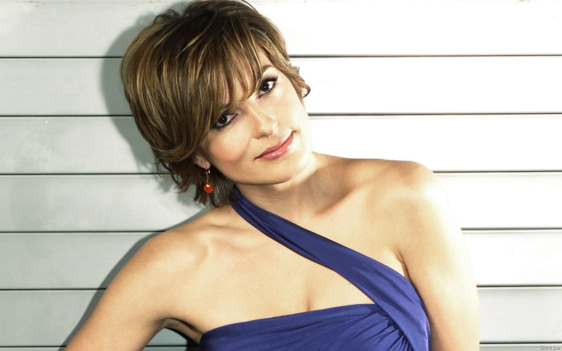 Free download Mariska Hargitay wallpaper ID:33106 hd 1920x1200 for PC