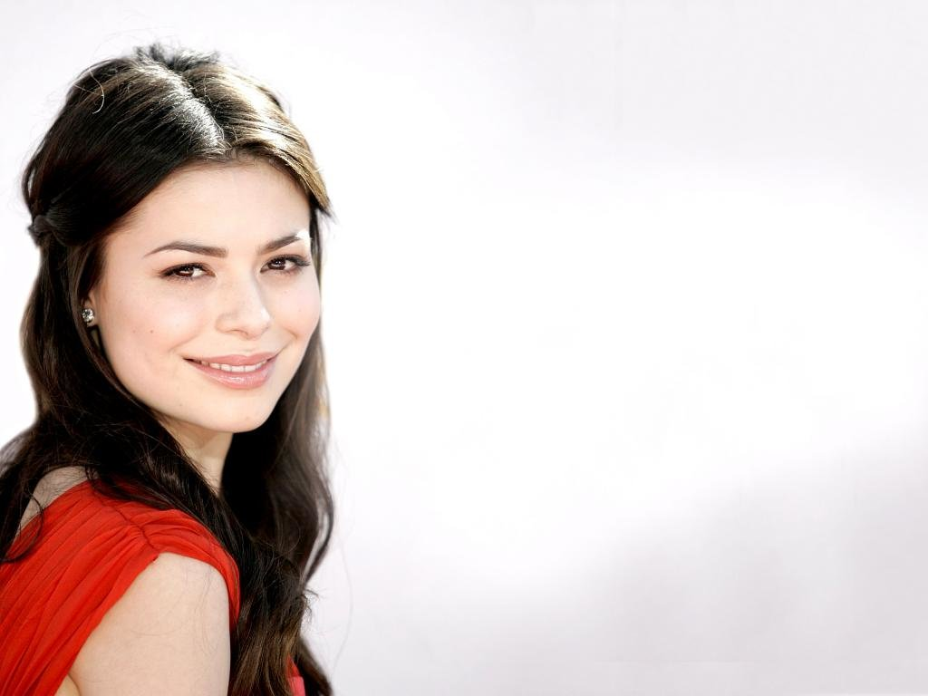 Awesome Miranda Cosgrove free wallpaper ID:298556 for hd 1024x768 PC