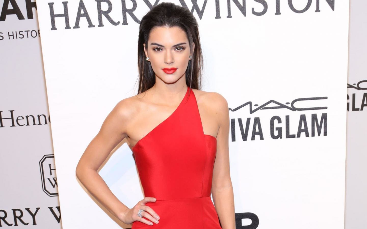 Awesome Kendall Jenner free wallpaper ID:113585 for hd 1440x900 desktop
