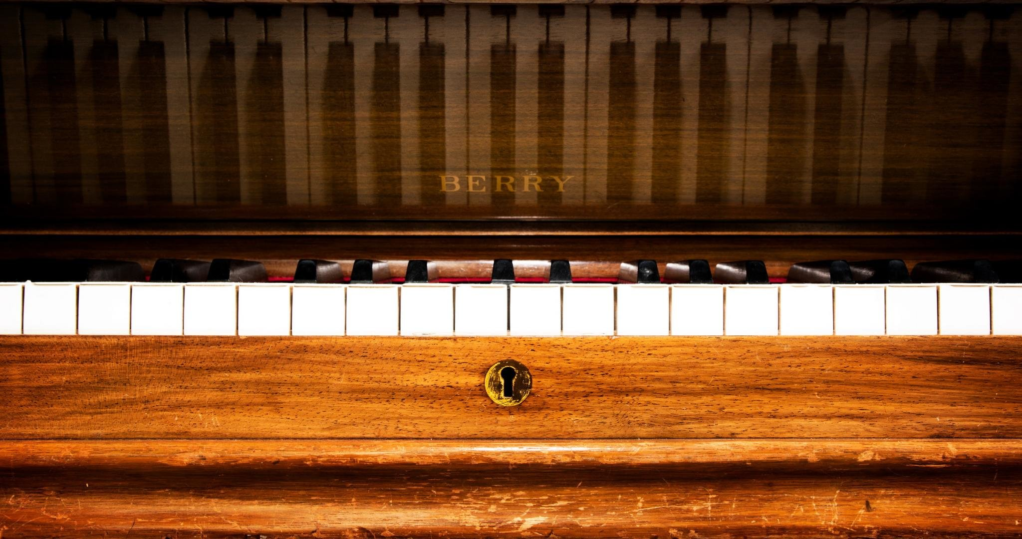 High Resolution Piano Hd 2048x1080 Wallpaper Id 391450 For Computer