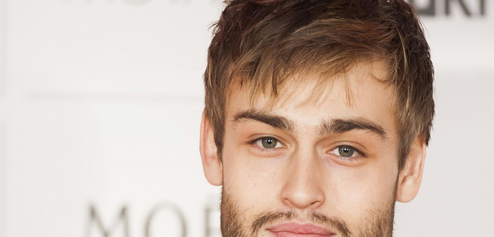 Download hd 1600x768 Douglas Booth computer wallpaper ID:144824 for free