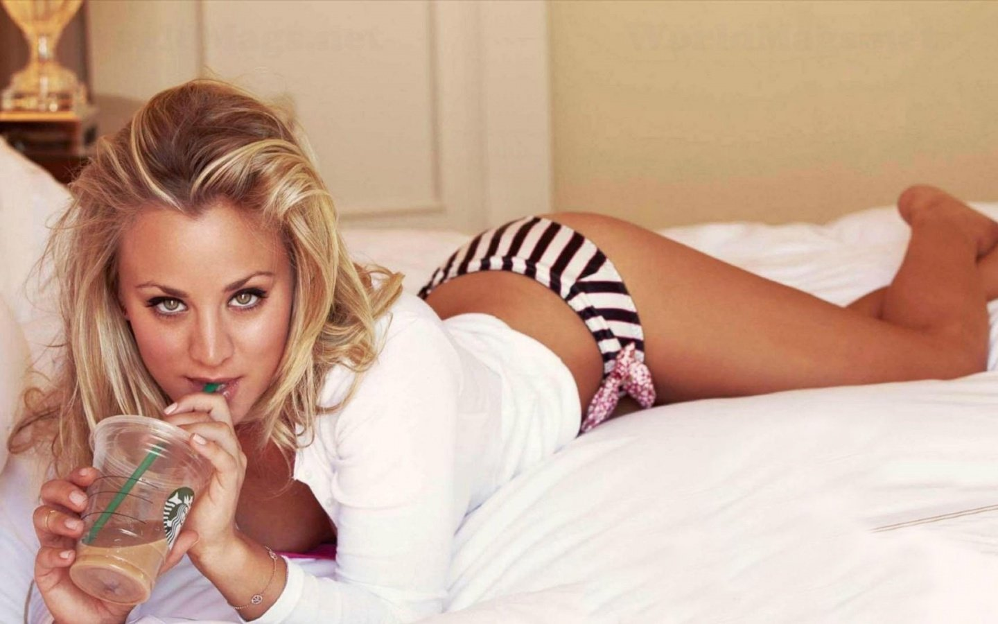 Free download Kaley Cuoco background ID:130052 hd 1440x900 for PC