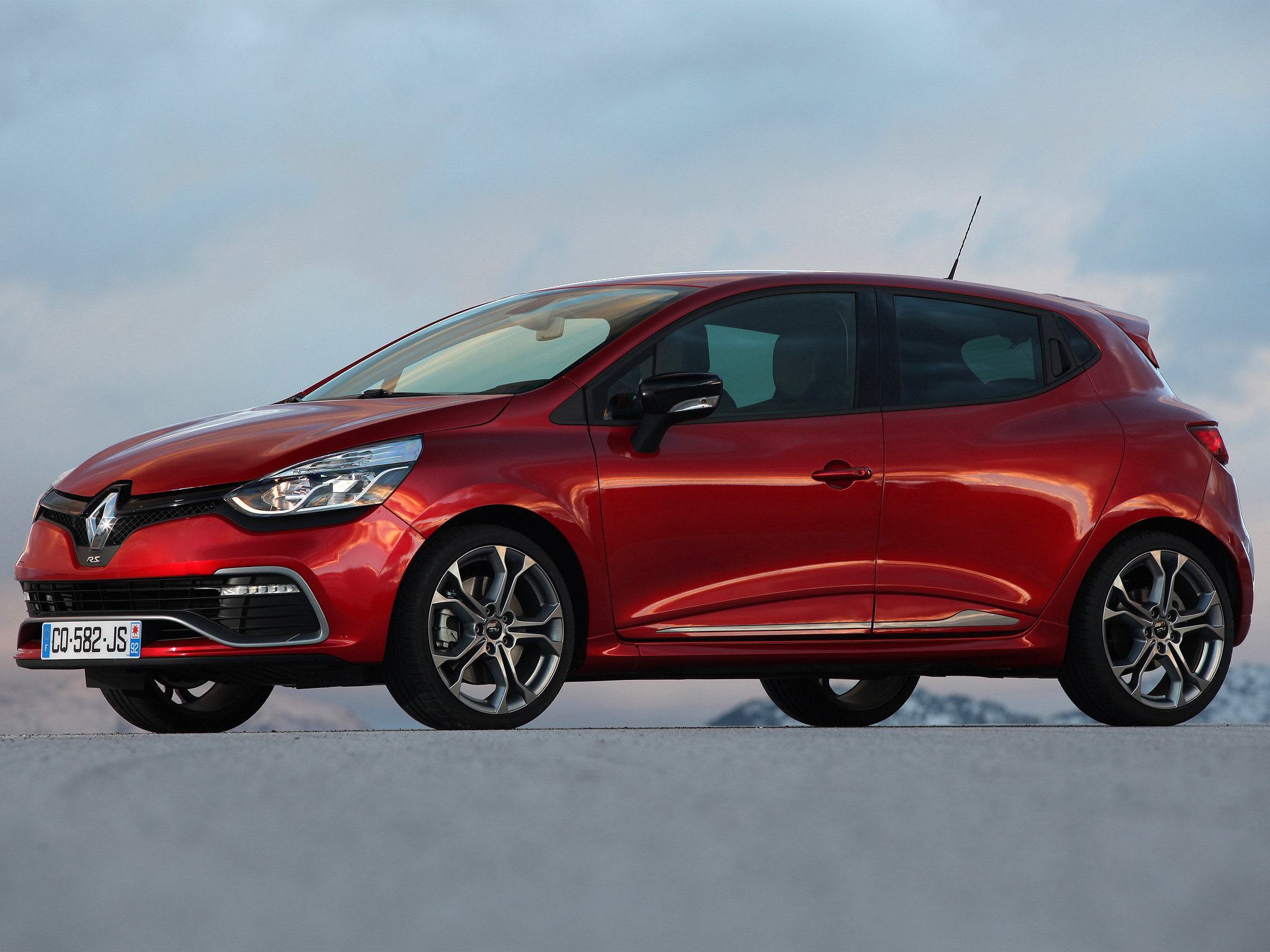 Awesome Renault Clio free wallpaper ID:250170 for hd 2048x1536 desktop