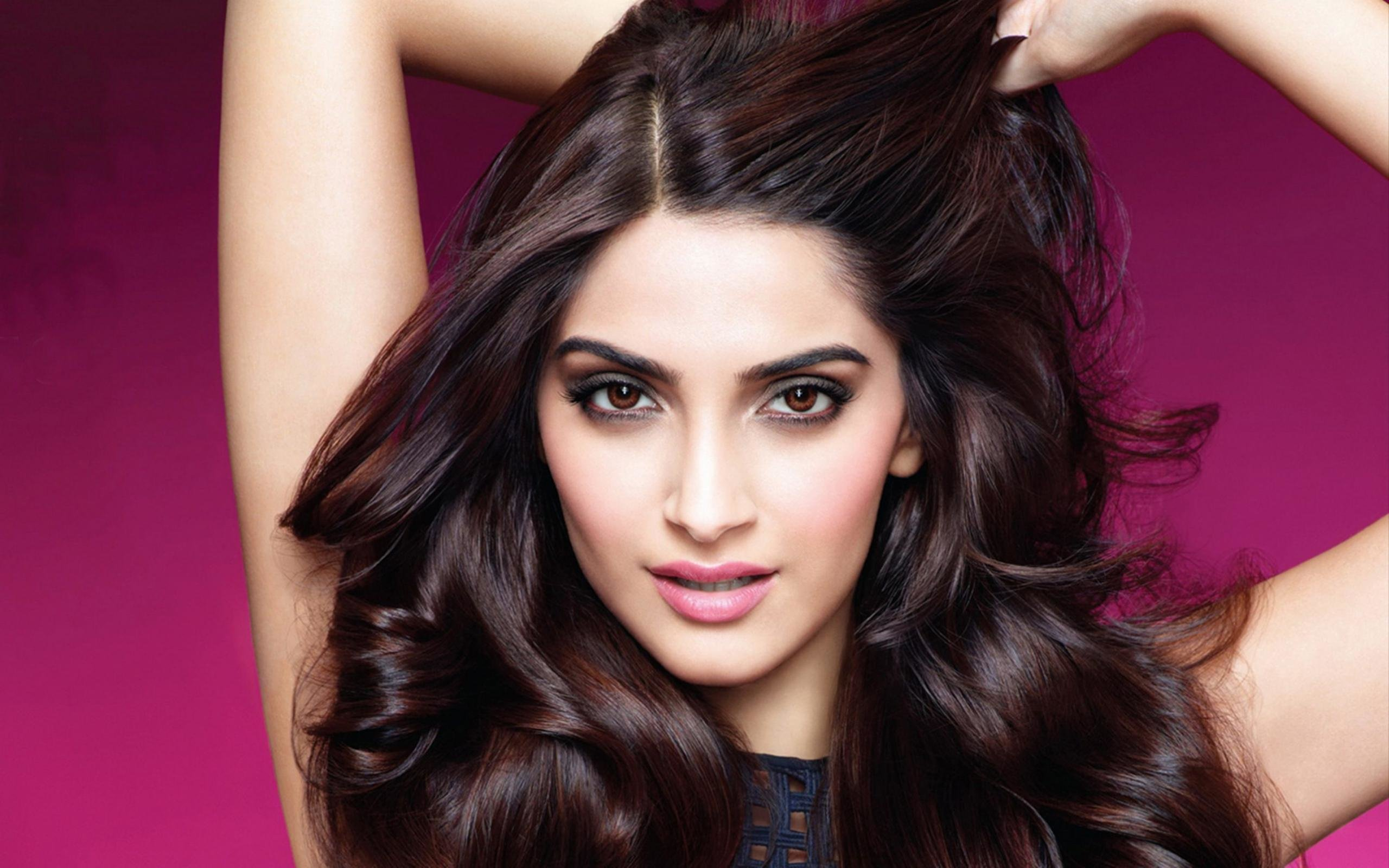 Best Sonam Kapoor wallpaper ID:429935 for High Resolution hd 2560x1600 desktop