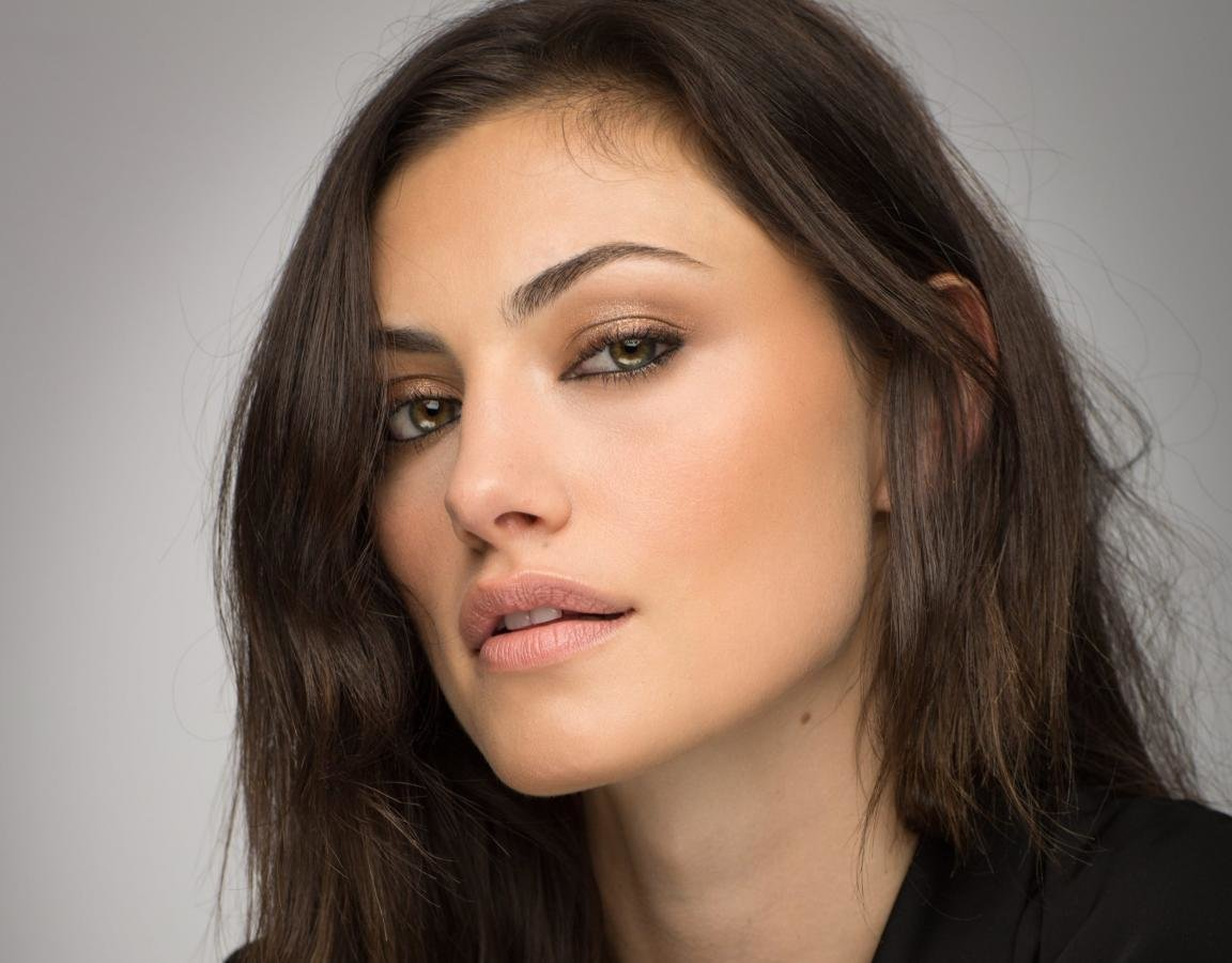 Best Phoebe Tonkin background ID:318624 for High Resolution hd 1152x900 PC