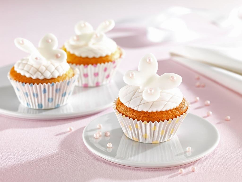Download hd 1024x768 Cupcake PC background ID:185897 for free