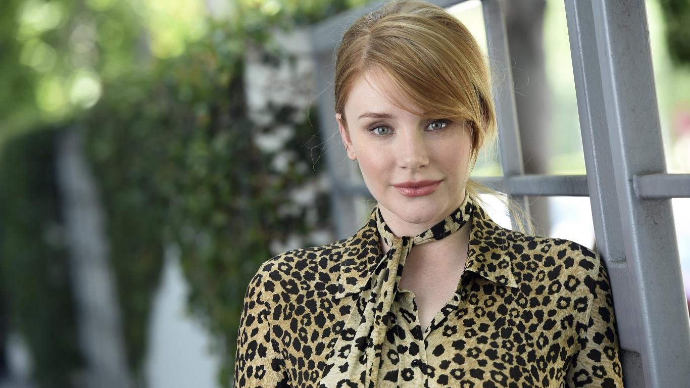 Awesome Bryce Dallas Howard free background ID:390644 for laptop computer
