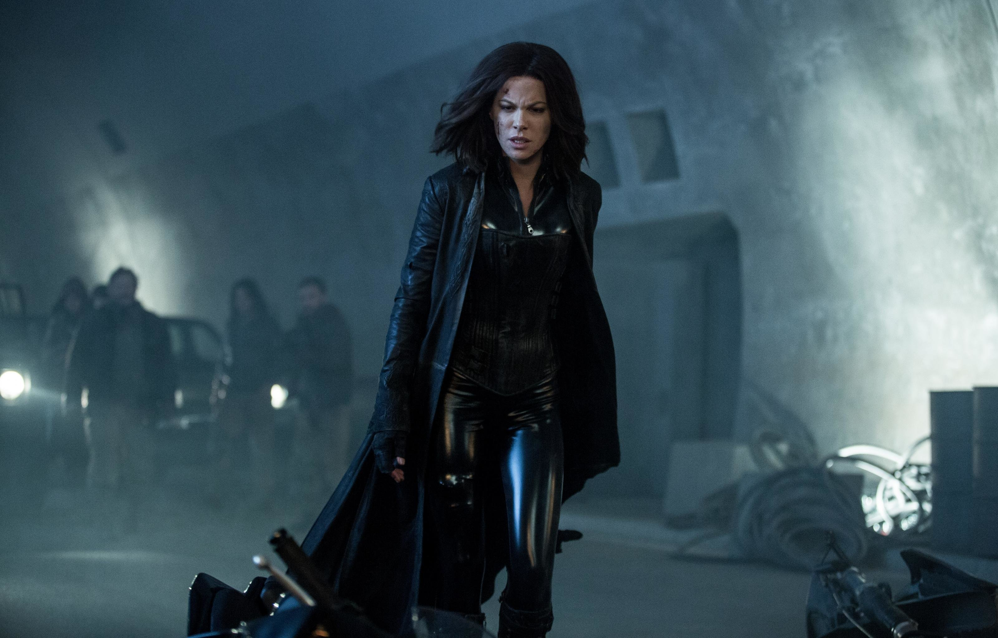 Awesome Underworld: Blood Wars free wallpaper ID:26096 for hd 3200x2048 computer
