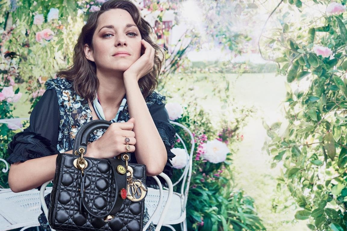 Download hd 1152x768 Marion Cotillard desktop wallpaper ID:146123 for free