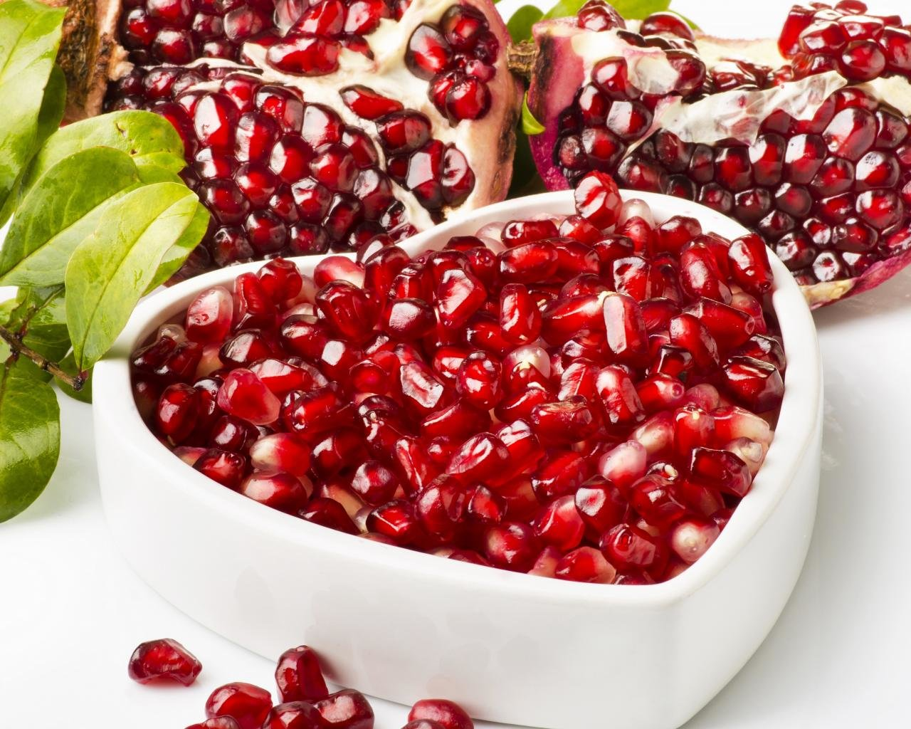 High resolution Pomegranate hd 1280x1024 wallpaper ID:210426 for desktop