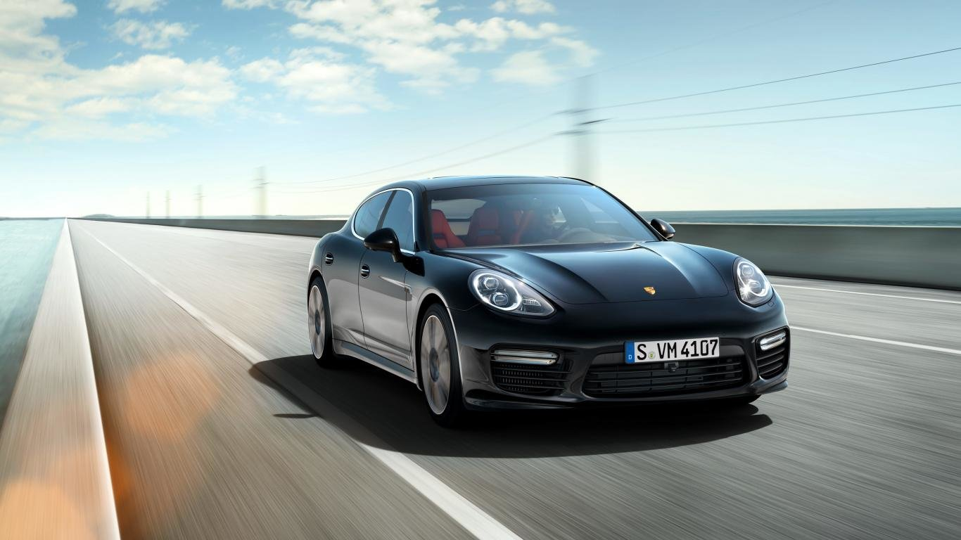 Free Porsche Panamera high quality wallpaper ID:27820 for 1366x768 laptop computer