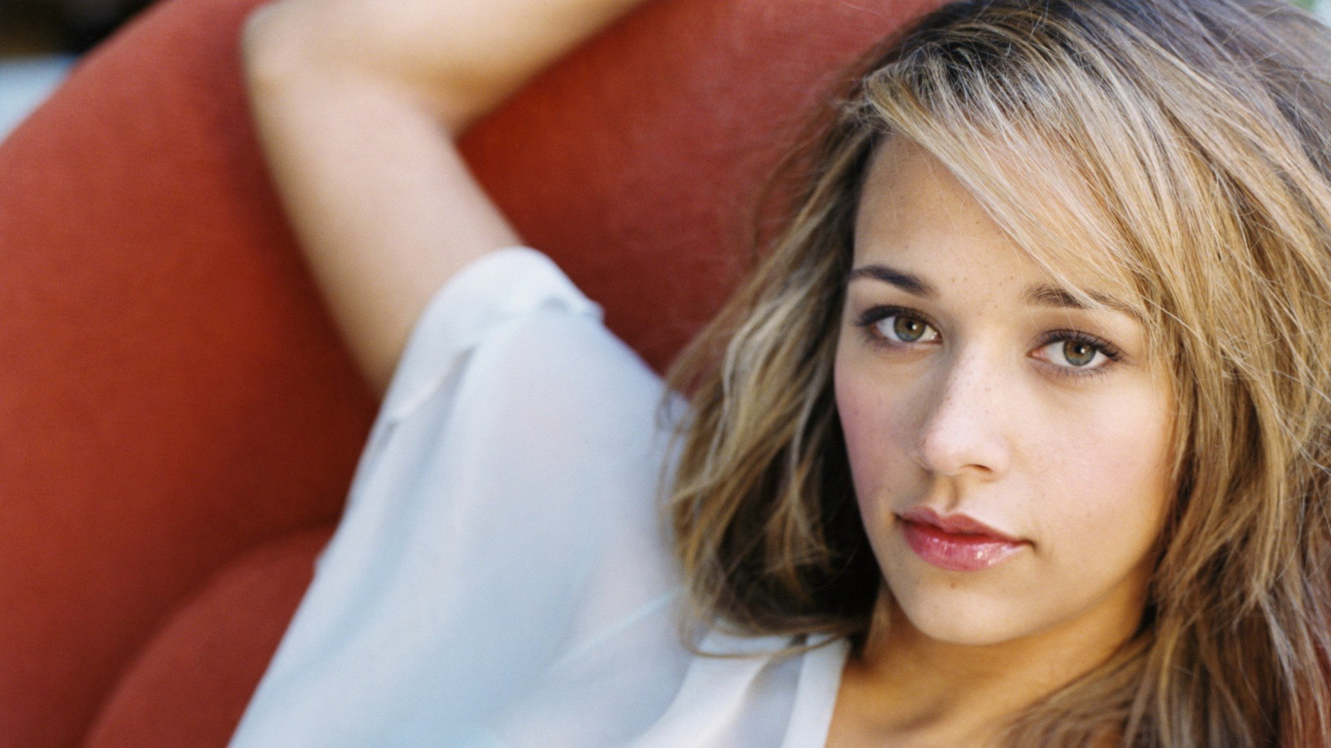 Download full hd 1080p Rashida Jones PC wallpaper ID:245866 for free