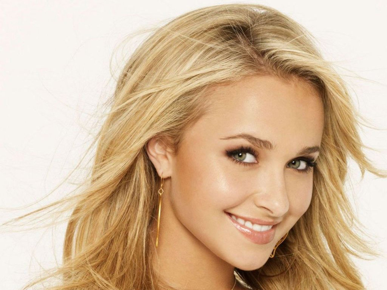 Awesome Hayden Panettiere free background ID:350436 for hd 1280x960 computer