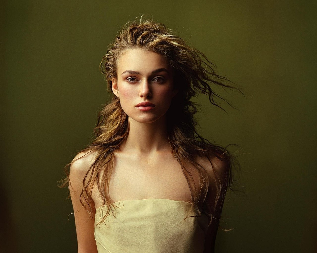 Free download Keira Knightley background ID:50295 hd 1280x1024 for desktop