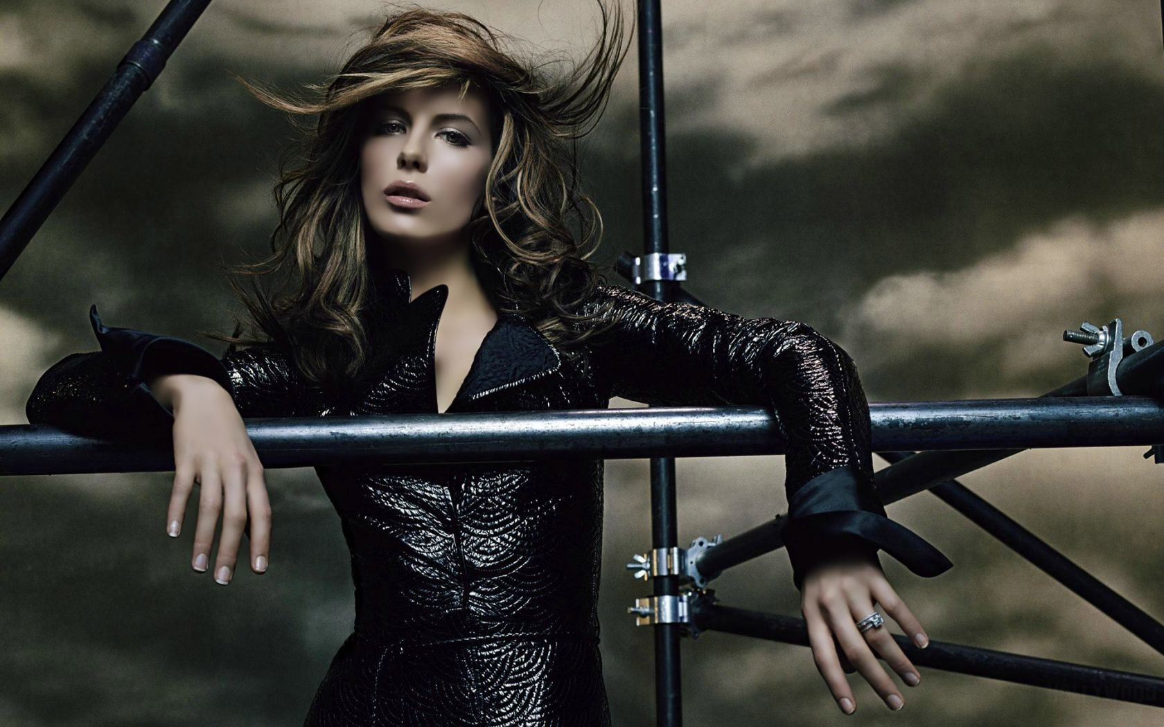 High resolution Kate Beckinsale hd 1680x1050 wallpaper ID:52544 for desktop